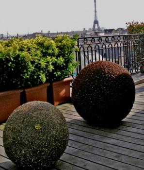 Sphères sur terrasse privée sur le site d'ARTactif