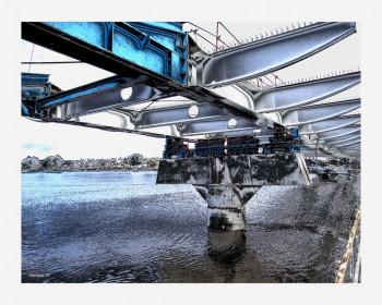 Un pont surgi des flots sur le site d'ARTactif