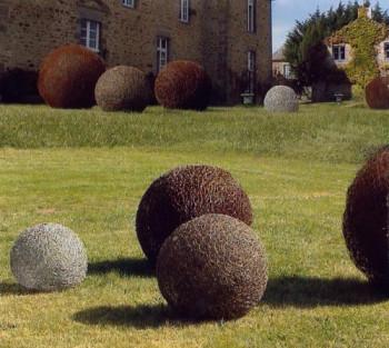 Sphères au Château de la Motte-Jean,Cancale sur le site d'ARTactif