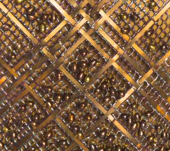 Bustier-Bouclier Bronze, détail sur le site d'ARTactif