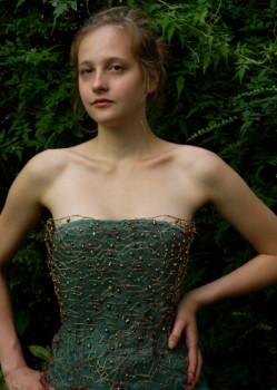 Corset with pearls sur le site d'ARTactif