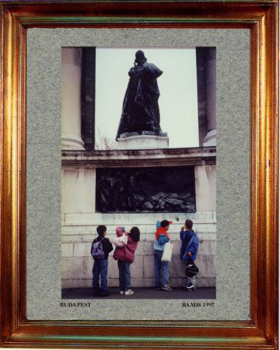 Hongrie 1997; Place des héros de Budapest sur le site d'ARTactif